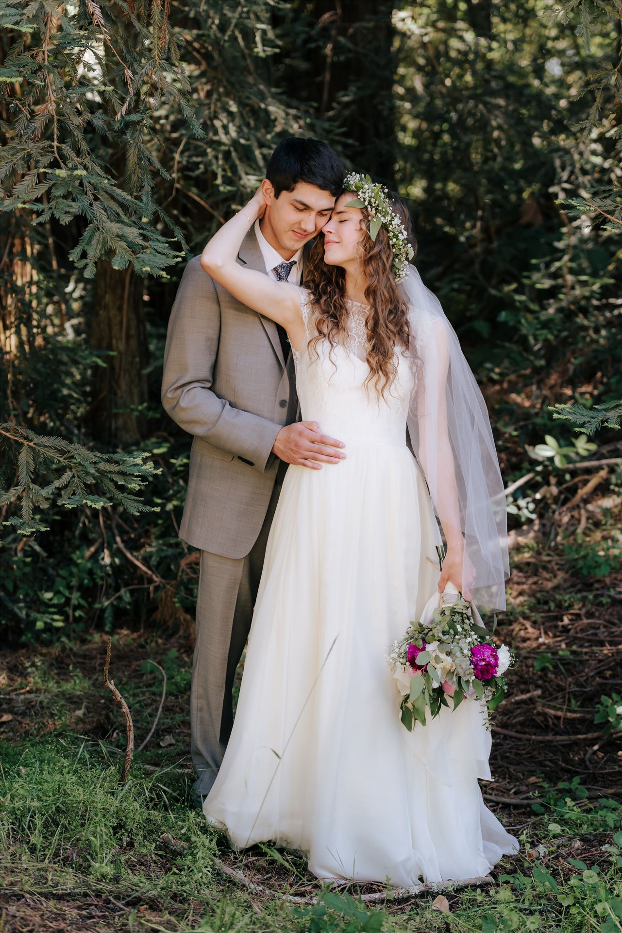 FW-5983.JPGMt Madonna wedding in the redwoods outside of Watsonville, California with a romantic and classic vibe by sarah williams of mirror's edge photography a san luis obispo wedding photographer.  Bride and groom romantic