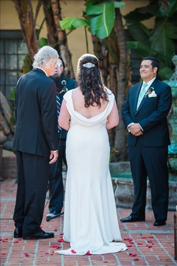 Wedding photography at the Historic Santa Maria Inn in Santa Maria, California by Mirror's Edge Photography