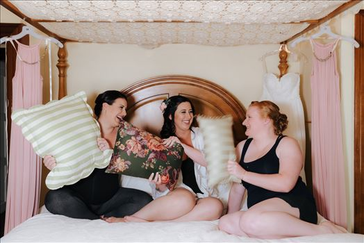 Emily House Bed and Breakfast Paso Robles California Wedding Photography by Mirrors Edge Photography.  The girls having fun