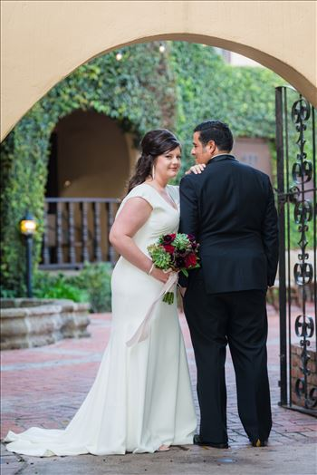 Wedding photography at the Historic Santa Maria Inn in Santa Maria, California by Mirror's Edge Photography. Bride and Groom Hidden Courtyard.
