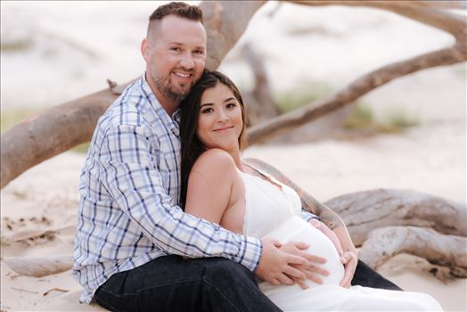 Sarah Williams of Mirror's Edge Photography, a San Luis Obispo County Wedding, Luxury Boudoir and Maternity Photographer captures Ali Marie and Cody's Maternity Session in Pismo Beach. Mom and Dad