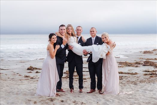 Mirror's Edge Photography, San Luis Obispo Wedding Photographer captures Cayucos Wedding on the beach and bluffs in Cayucos Central California Coast. Wedding Party Bridal Party at the Beach