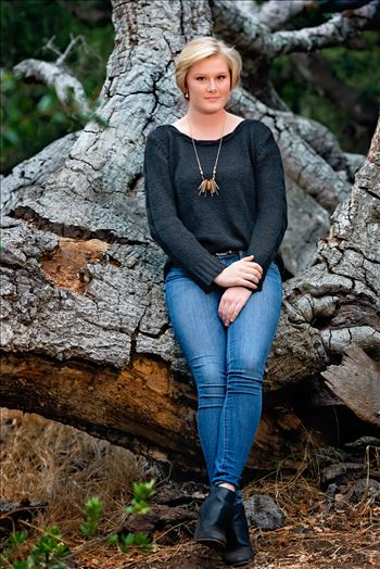 Senior Portrait Session 2018 at Los Osos Oaks Reserve.  San Luis Obispo and Central Coast Senior Portrait photographer Mirror's Edge Photography. Beautiful senior by Oak tree